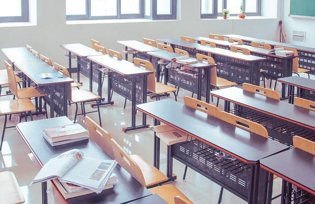 MIUR povertà scolastica