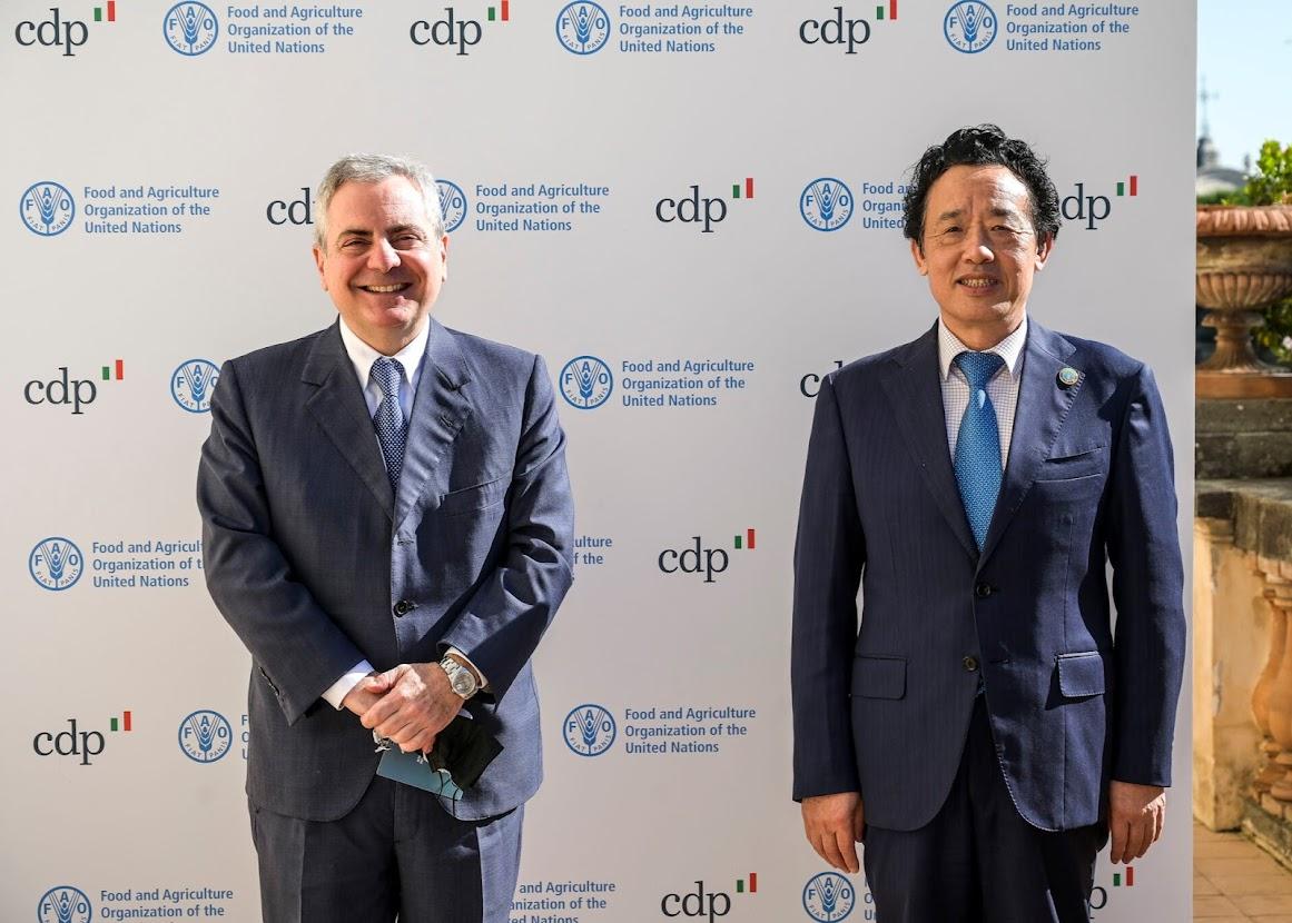 Photocredit: Cassa Depositi e Prestiti (CDP) - l'AD di CDP Dario Scannapieco e il Direttore Generale della FAO H.E Qu Dongyu